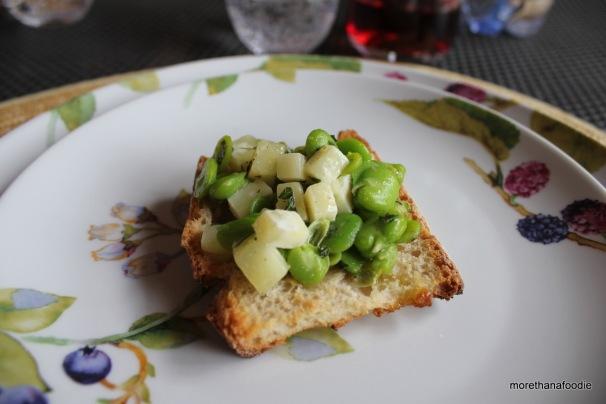 bruschetta with fava beans and pecorino