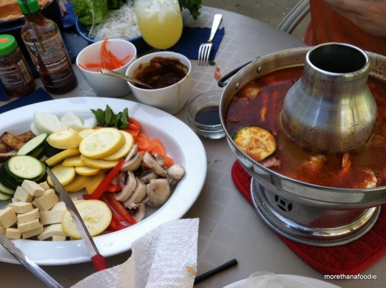 lẩu canh chua vietnamese hot pot fire pot