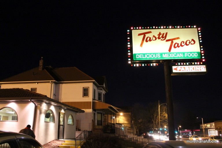 tasty taco store east grand des moines