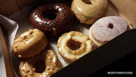 chicago river north donuts