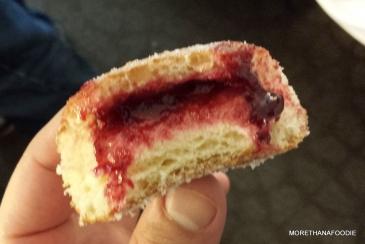 blackberry doughnut chicago the vault