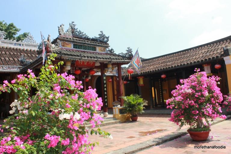 temple hoi an vietnam