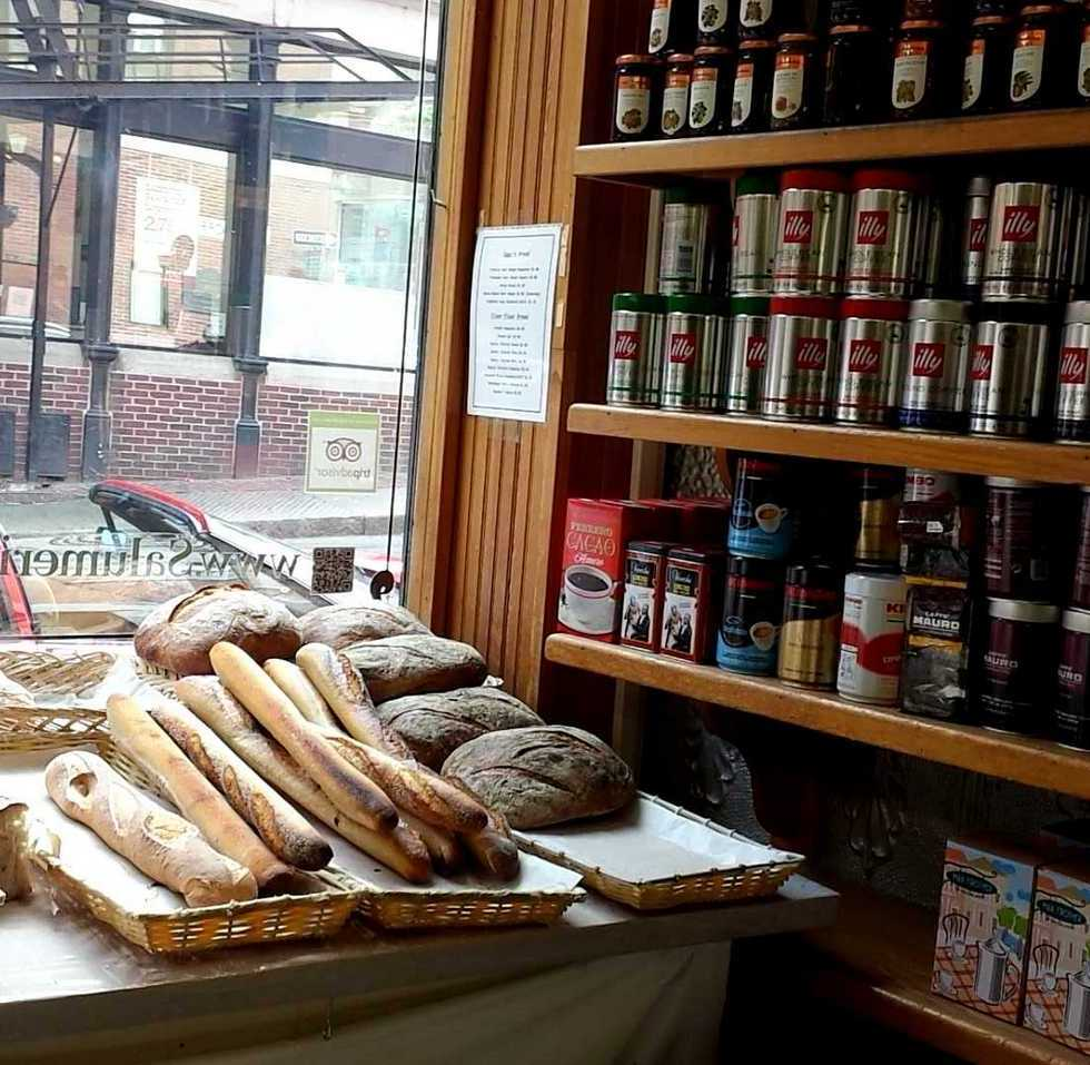 italian market boston mass north end