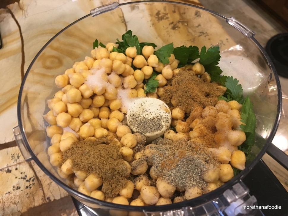 falafel, cumin, parsley, chic peas, cuisnart, food processor, blitz